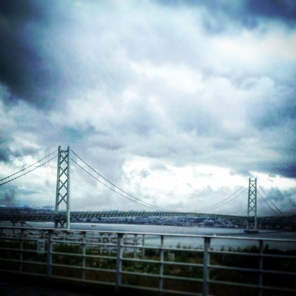 淡路サービスエリアから見える明石大橋