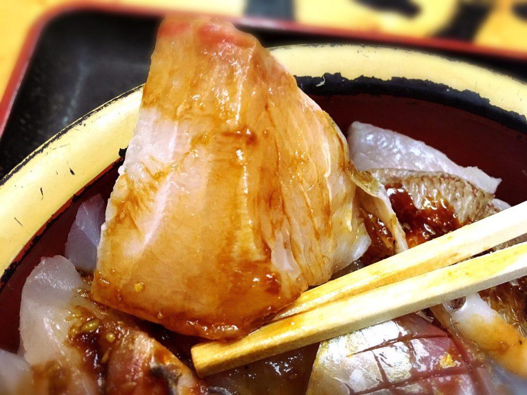 タカマル鮮魚店の海鮮丼ネタ