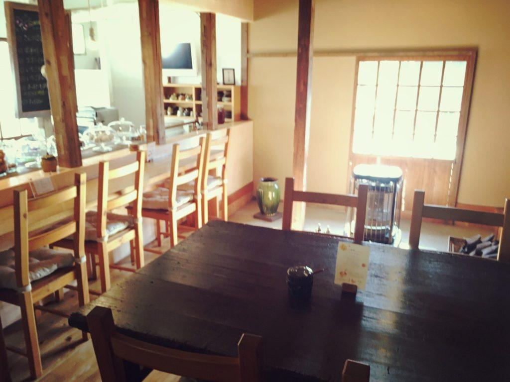 楽久登窯のカフェスペース