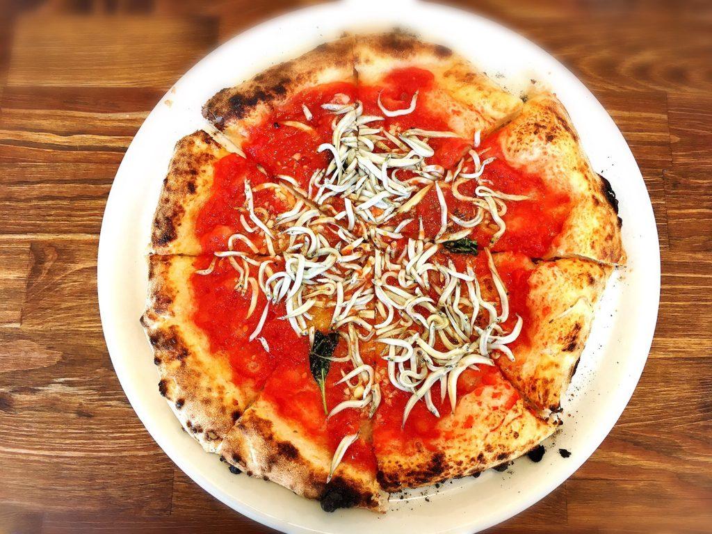 石窯ピザ丸のいかなごピザ