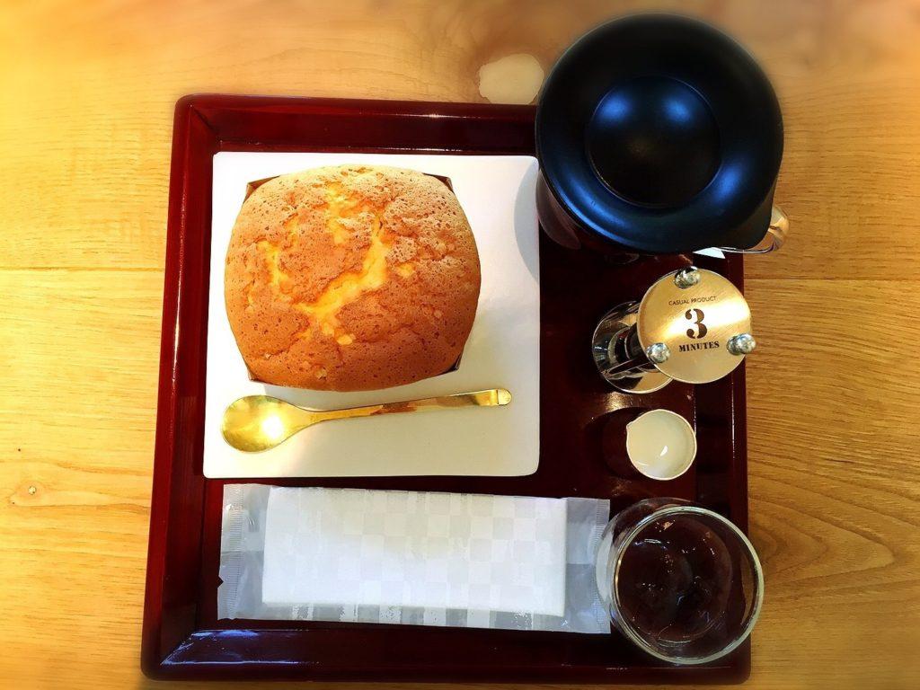 滋賀のラコリーナのカステラショップの焼き立てカステラセット
