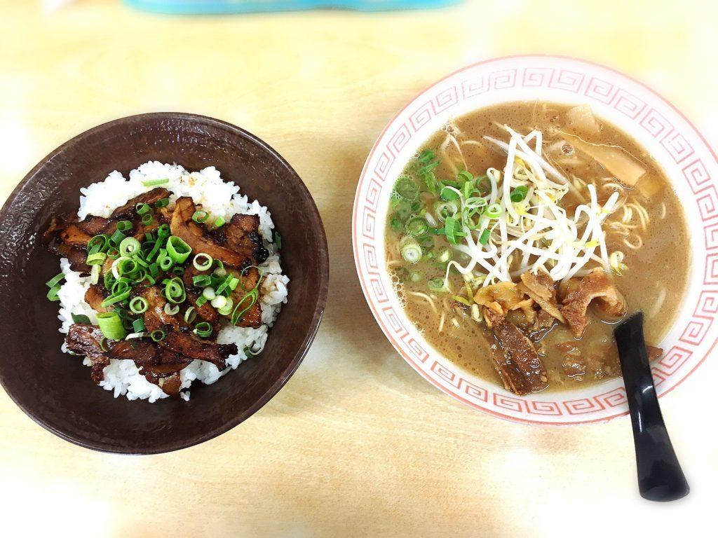 徳島松茂のひろっちゃんの中華そばとチャーシュー丼