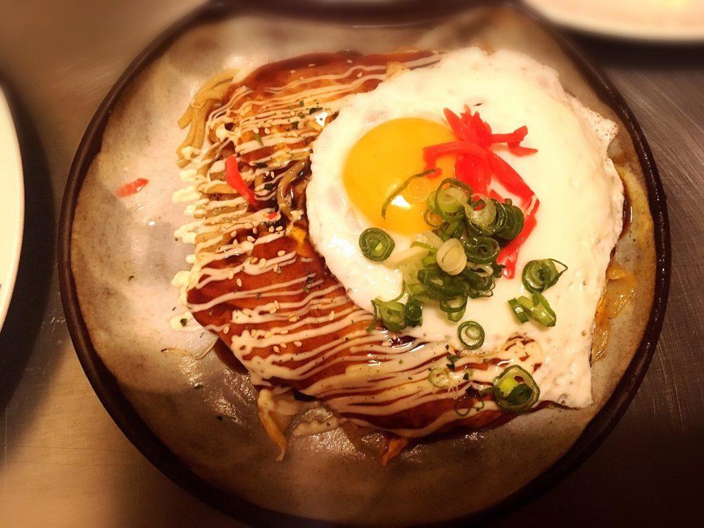 満面の選べるランチ広島焼き豚玉