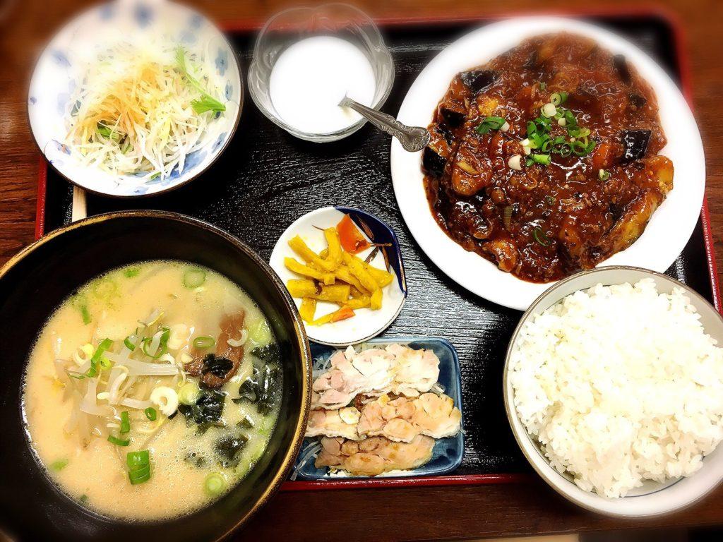 桃仙の麻婆茄子定食withとんこつラーメン