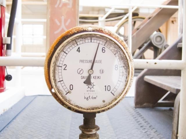 重さを測る計器