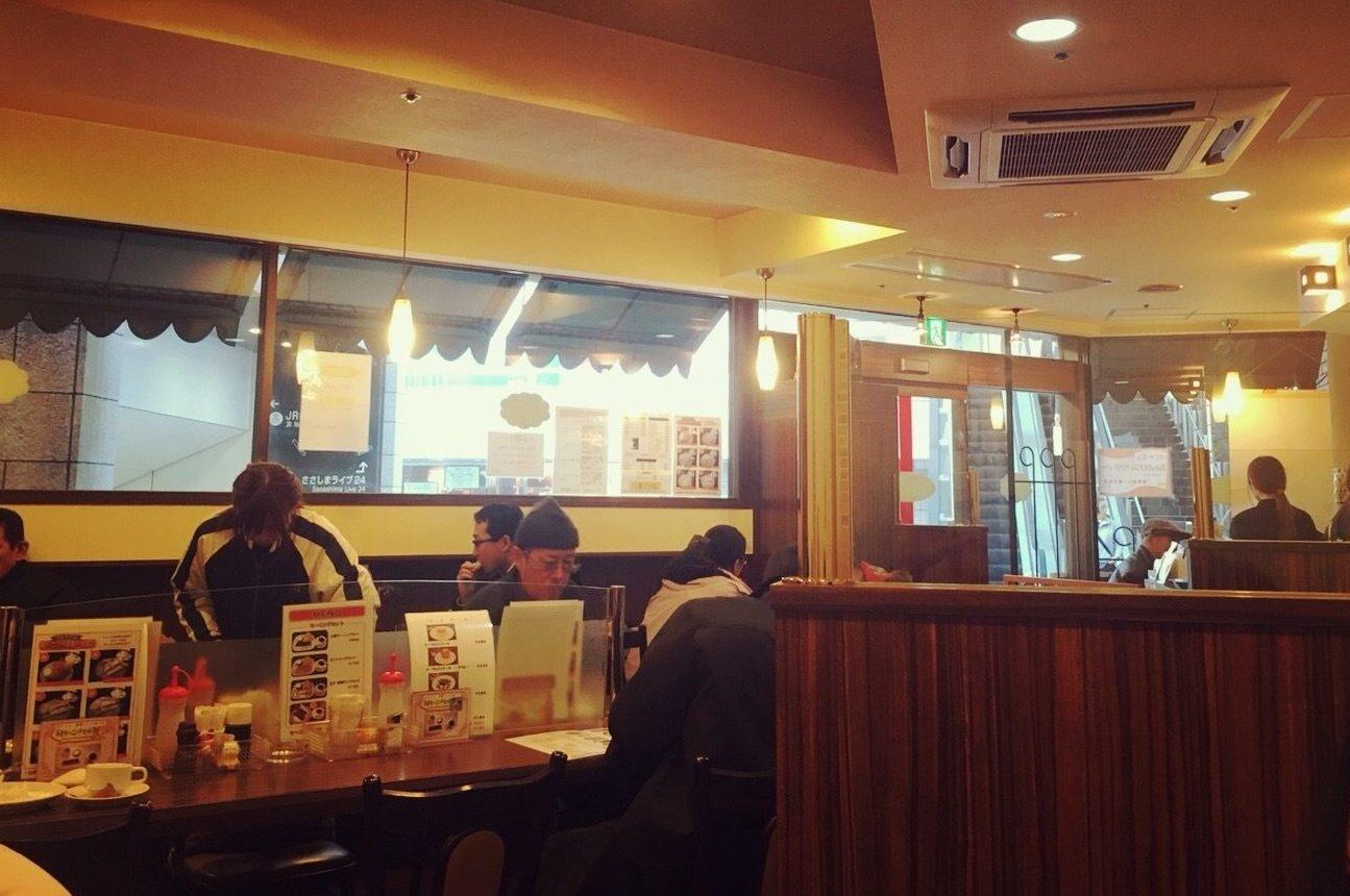モーニング喫茶リヨンの内観