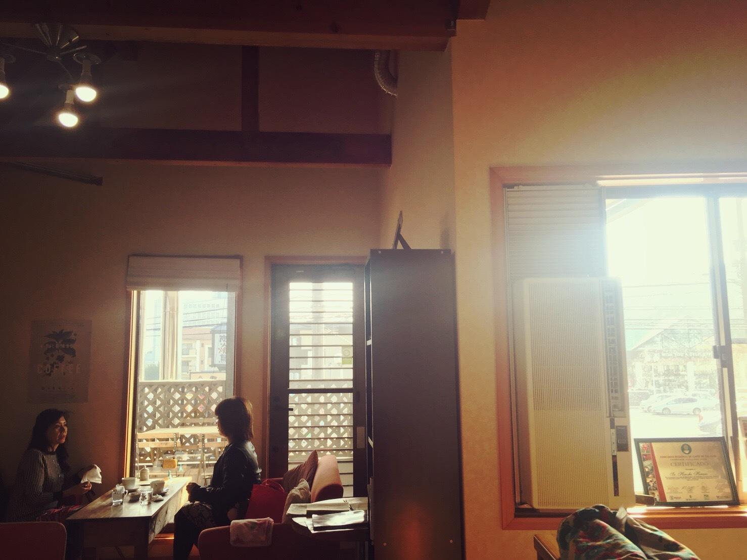 タワーコーヒーの店内