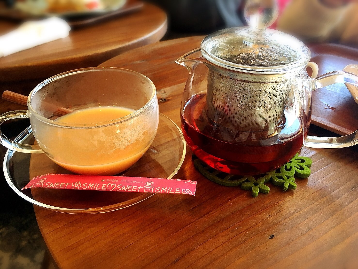 星の果樹園カフェのホットティー