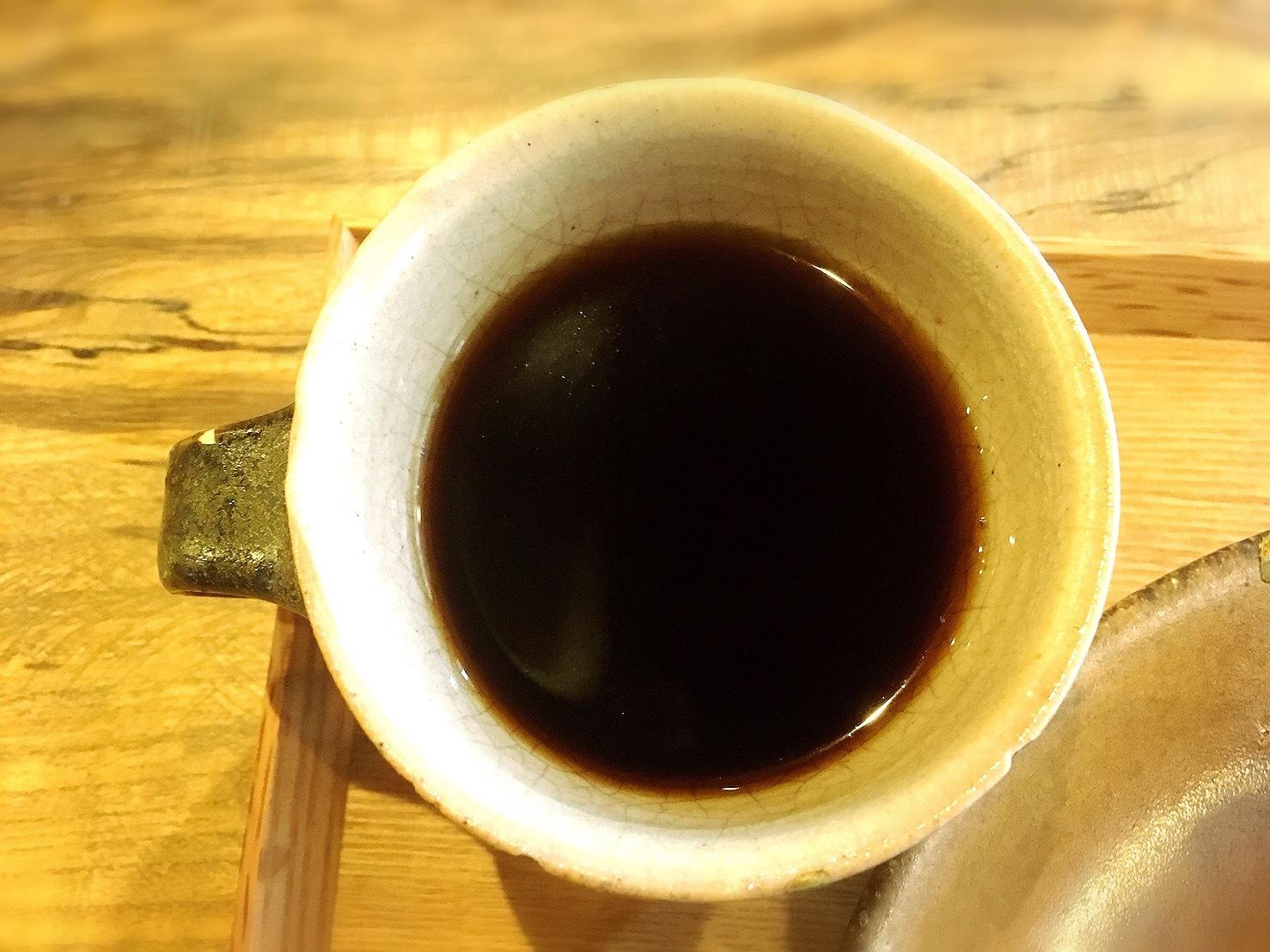233カフェのコーヒー