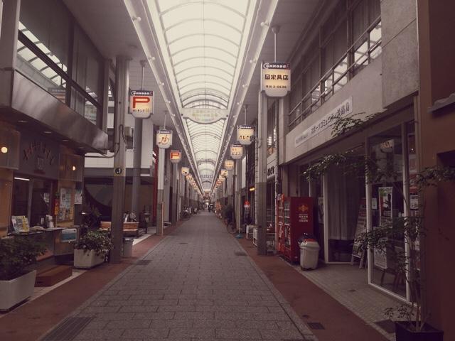 洲本のコモード商店街