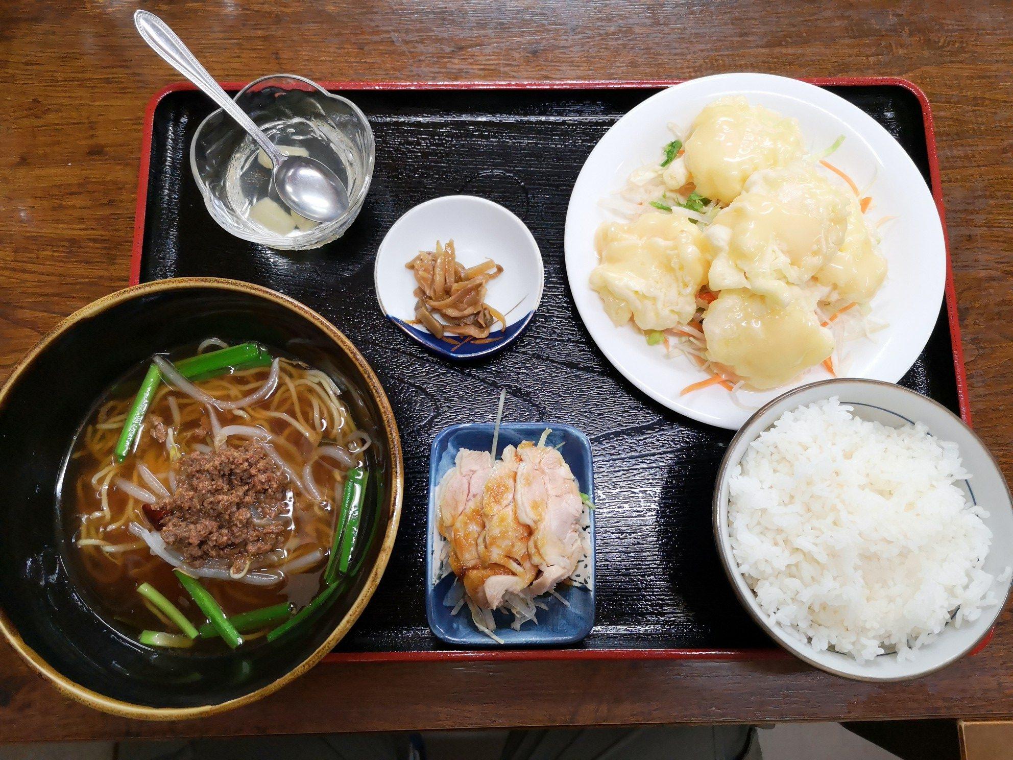 桃仙のエビマヨ定食