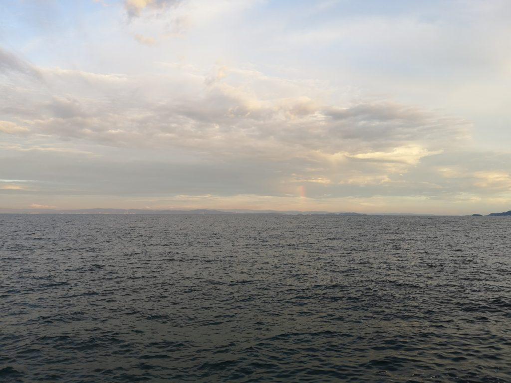 夏の終わりの海(タチウオを釣った日)
