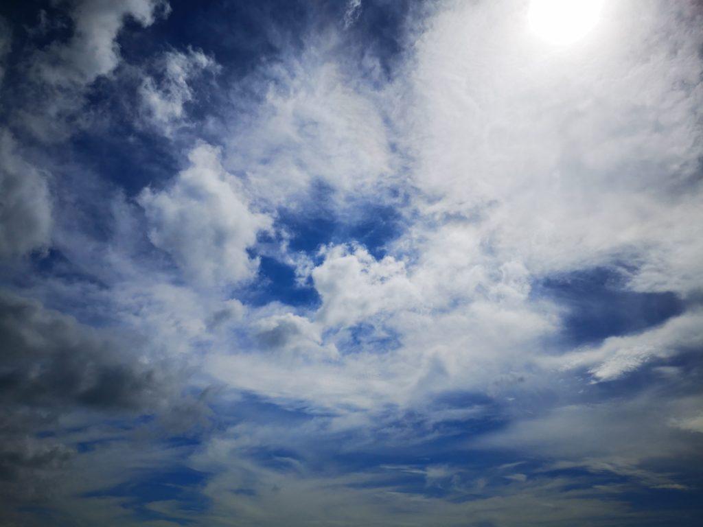 チヌトップの秋の空と雲(2018.9)