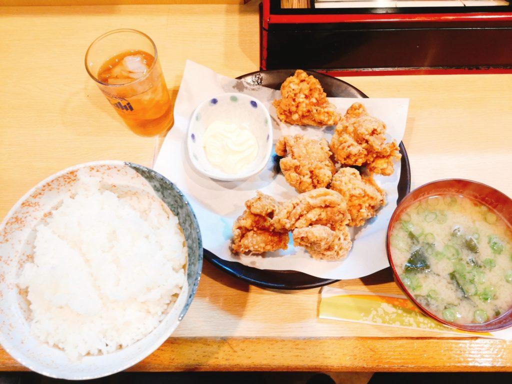 一貴の唐揚げ(600円)とご飯セット(100円)