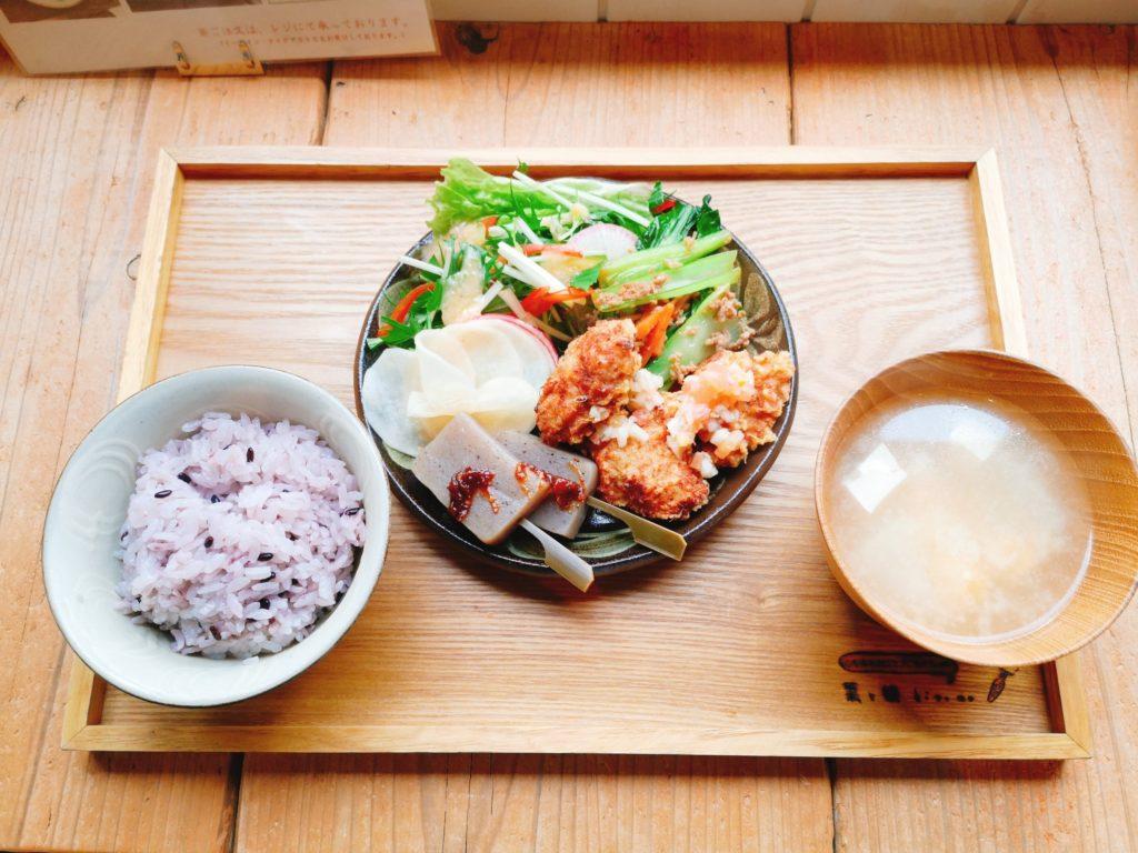 kitone(きとね)の定食