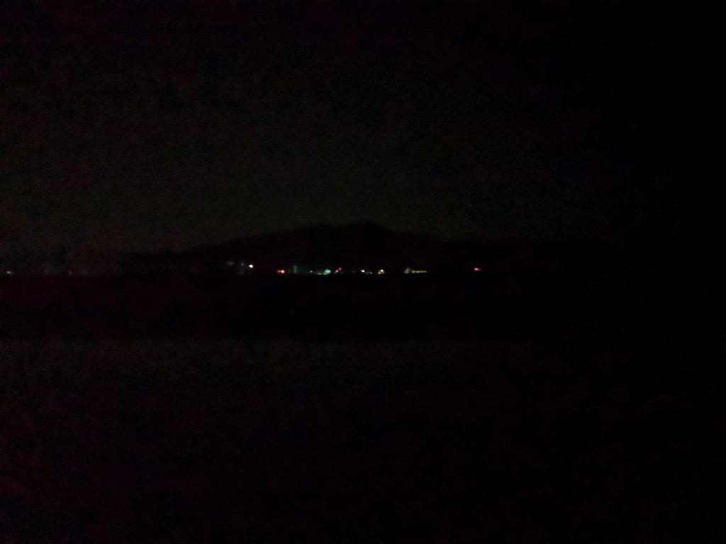 tklm80イワシレッドベリーで釣ったシーバス34cmの夜の風景(2018.12)