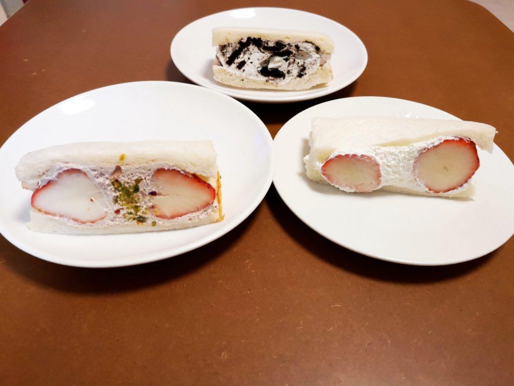 shikonのいちごホイップといちごチョコとオレオサンド