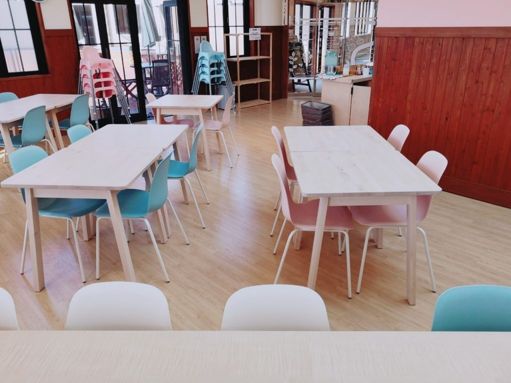 ワココのカフェエリア店内