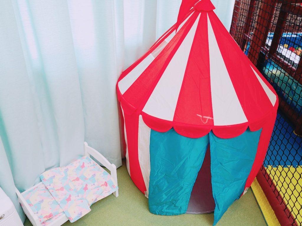 ワココのプレイエリアのテント