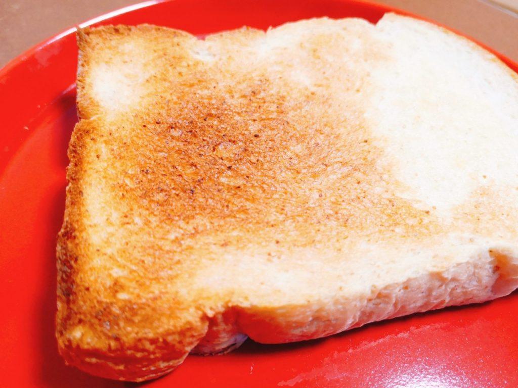 フカエの全粒粉食パン
