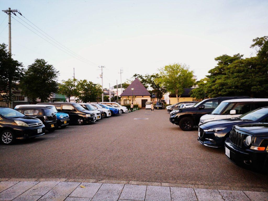 うずしおふれあい公園の駐車場