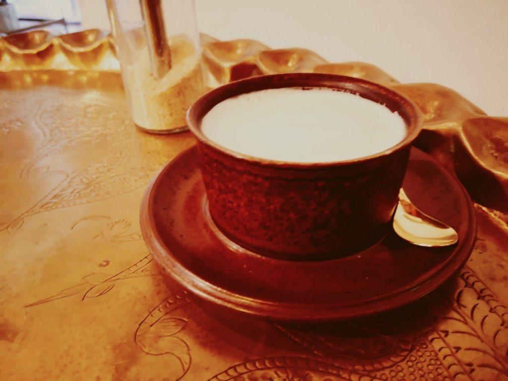 島の恵みジェラートのらのカフェオレ