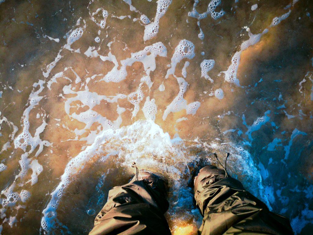サーフで濡れるケベックネオ