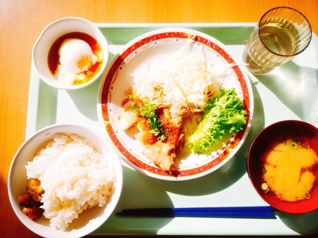神戸税関食堂の定食
