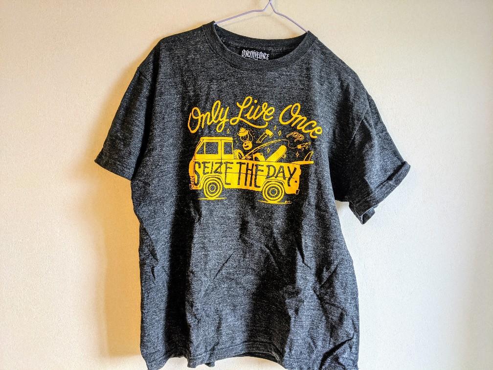 YOLO(youonlyliveonce)のトラックTシャツ