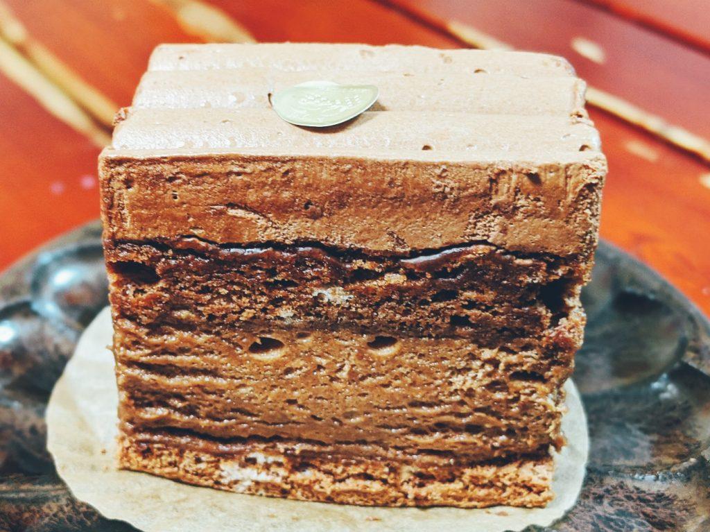 淡路島志筑のたかたのケーキのチョコレートがナッシュ