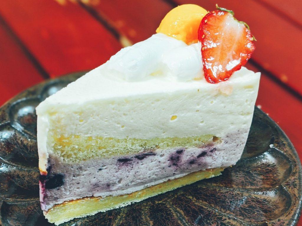 淡路島志筑のたかたのケーキのレアチーズケーキ