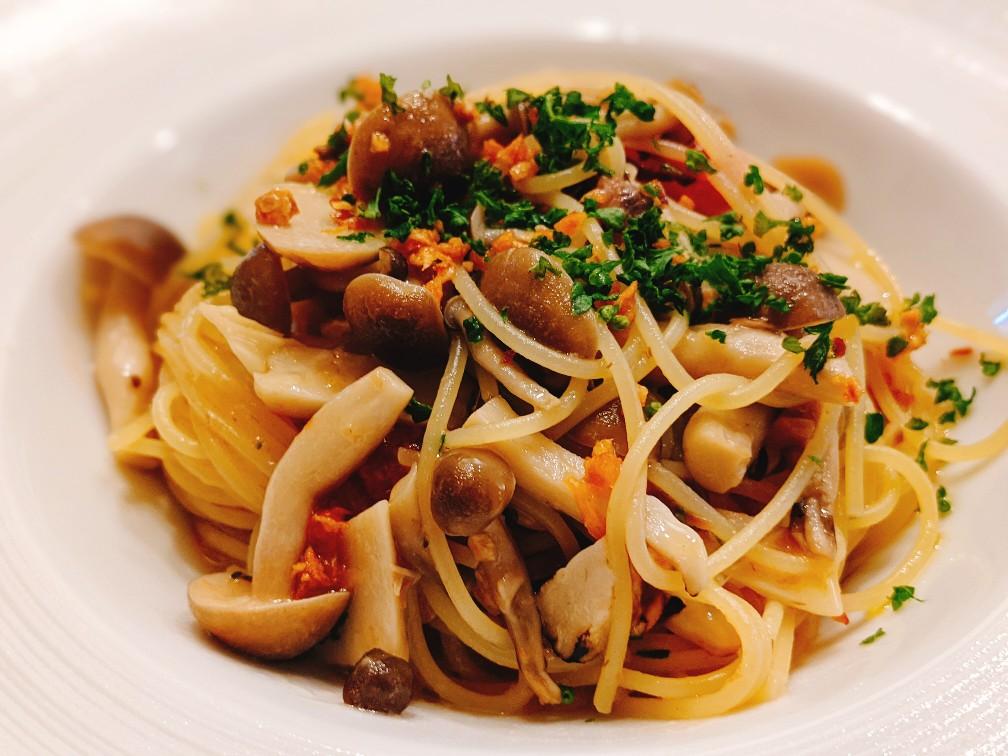 リストランテマレーナのアンチョビとベーコンのペペロンチーノ